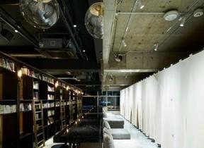 「泊まれる本屋」4店舗目は浅草雷門通りに お泊りは3800円から