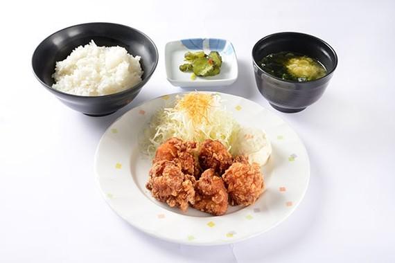 「唐揚げ定食」