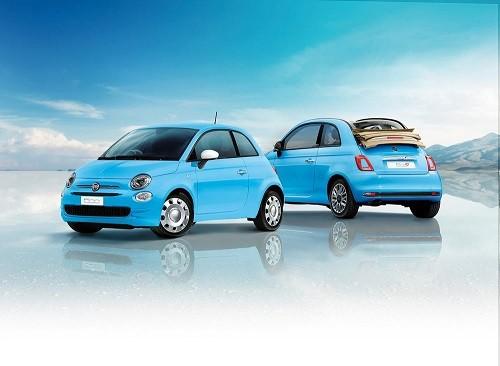 ブルーとホワイトで青空をイメージした限定車