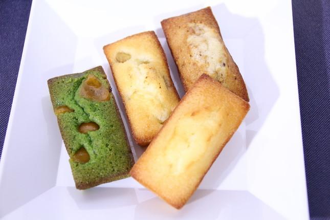 (左から)「金柑&抹茶」「安納芋&胡椒」「プレーン」「金ごま」