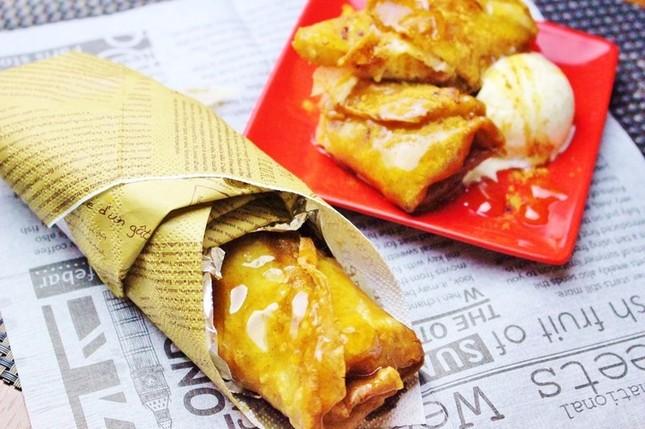 「蕎麦粉のクリスピーロール~焼き林檎とクリームチーズ~」