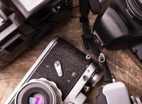 ミラーレスカメラ好調 一眼レフとの差ますます縮まる