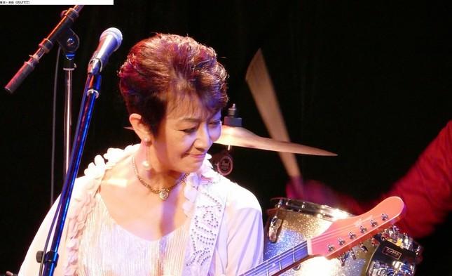 オリジナルメンバーによる「ジェニーはご機嫌ななめ」(11月5日、東京・赤坂 GRAFFITI)