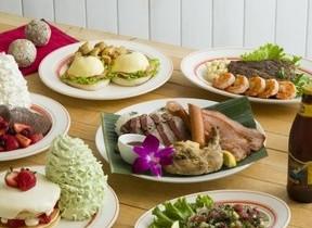 テーマはハワイのクリスマス エッグスンシングスに「Aloha Christmas」登場
