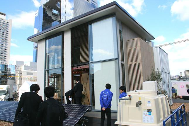 早稲田大学&芝浦工業大学のZEH「この郊外の片隅に」