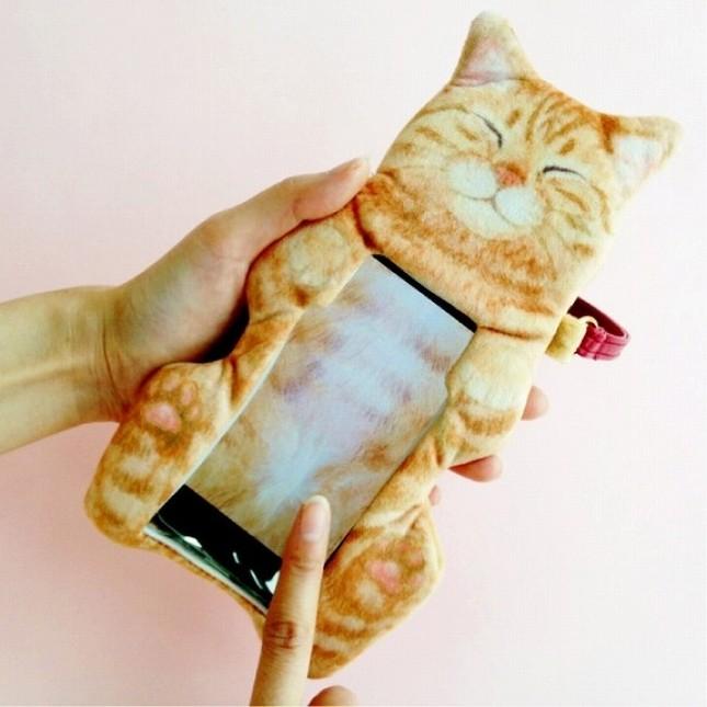 操作をすれば猫のお腹を撫でているような気分になる