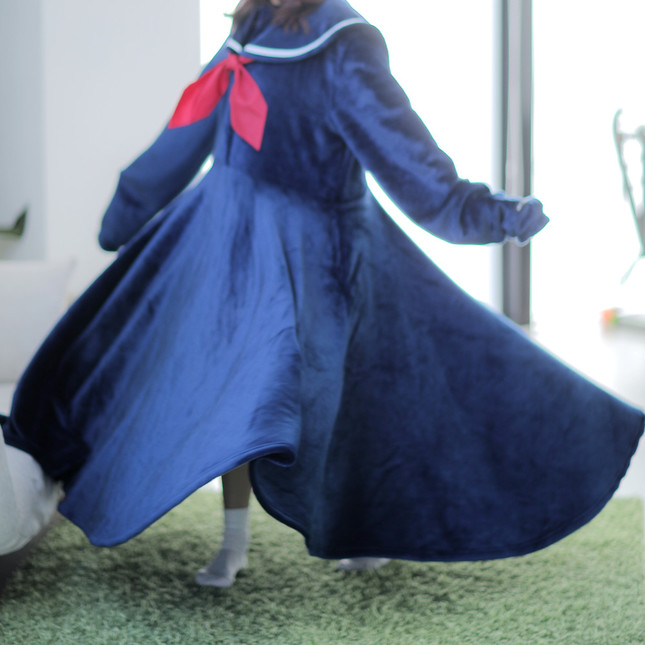 「着る毛布セーラー服2018」