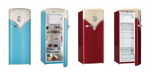 レトロだけど新しい冷蔵庫とヒストリックカーのコラボ