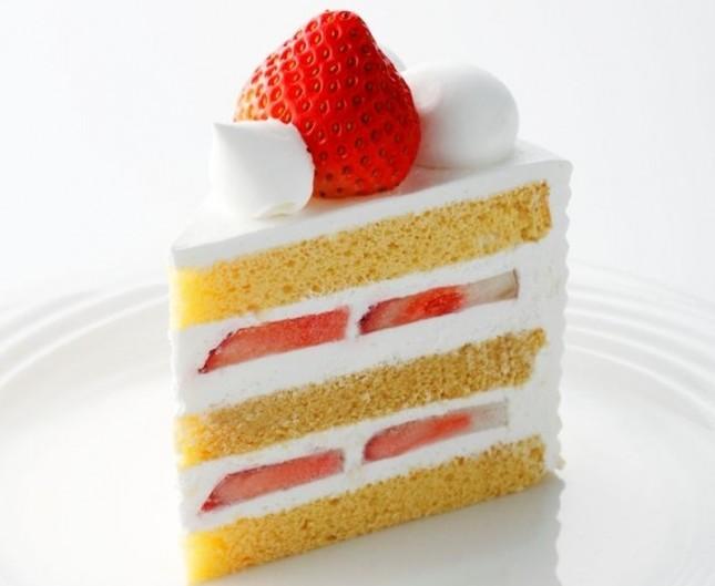 「スーパーあまおうショートケーキ」