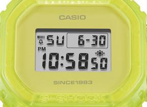 世界で35本限定! NIGOデザイン蛍光スケルトンの「G-SHOCK」35周年モデル発売