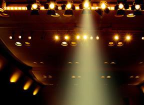舞台観劇中にスマホが鳴り出し大迷惑 電源オフ「できない」人にワケあり?
