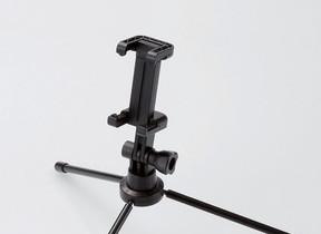 手に持たずに自撮りできる 三脚とシャッターリモコン付自撮り棒