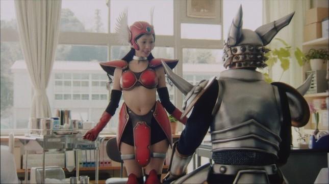 女戦士に変身する壇蜜さん