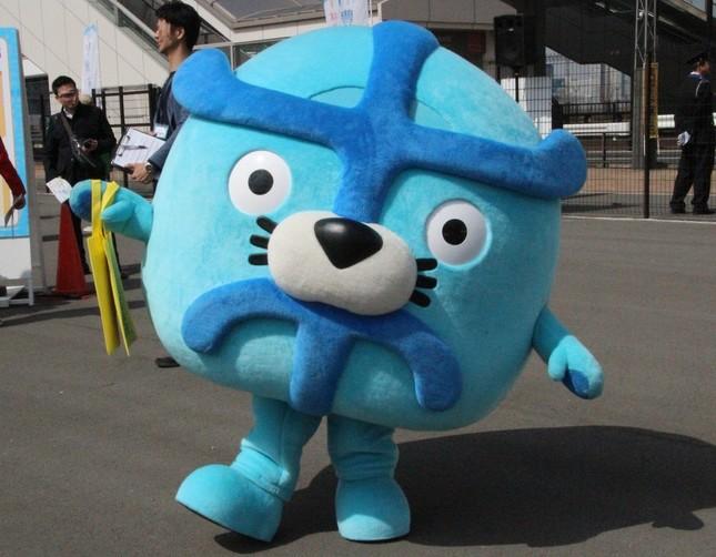 豊洲市場の魅力をアピールするキャラクター・イッチーノ