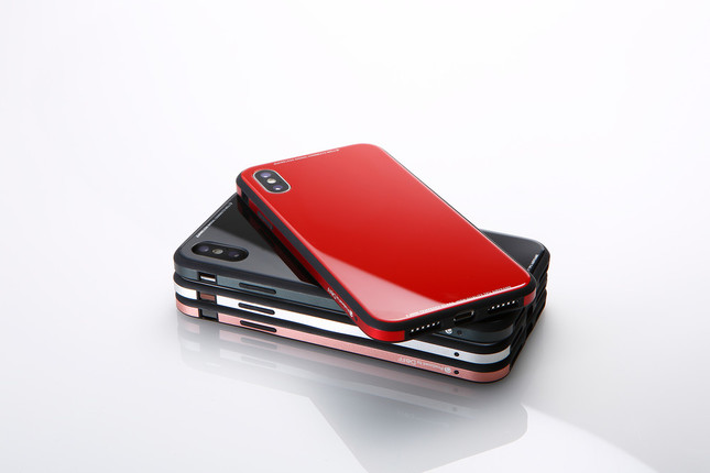 iPhoneにぴったりフィット、本体やレンズ部分もしっかり保護