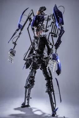 """世界でたった1つの""""着られるロボット""""をオーダーメイド"""