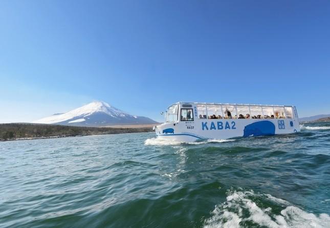 水陸で活動する動物の王者「カバ」の名を持つバス
