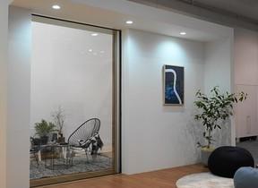 LIXIL、窓の新商品発表 中長期事業戦略も同時に発表