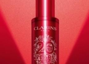 赤と白の美しいボトルデザイン 「トータルVセラム 20周年限定ボトル」