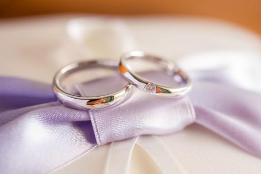 結婚指輪、あなたはつける?つけない?