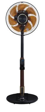 音声操作対応の扇風機がシックでプレミアムなデザインをまとって新登場