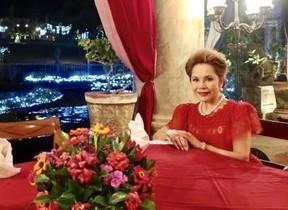 デヴィ夫人がプロデュース&参加 インドネシアの旅6日間