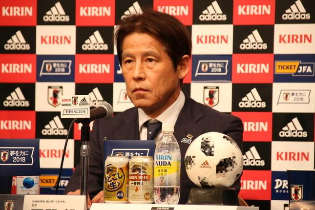 サッカー日本代表の快進撃が続く中、日本人サポーターのゴミ拾いにも注目が集まる