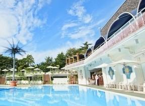 都内最大級の屋外プールに入り放題 ホテルニューオータニの宿泊プラン