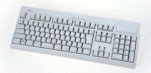 独自のキー構造採用、プレミアムなキーボードがリニューアル
