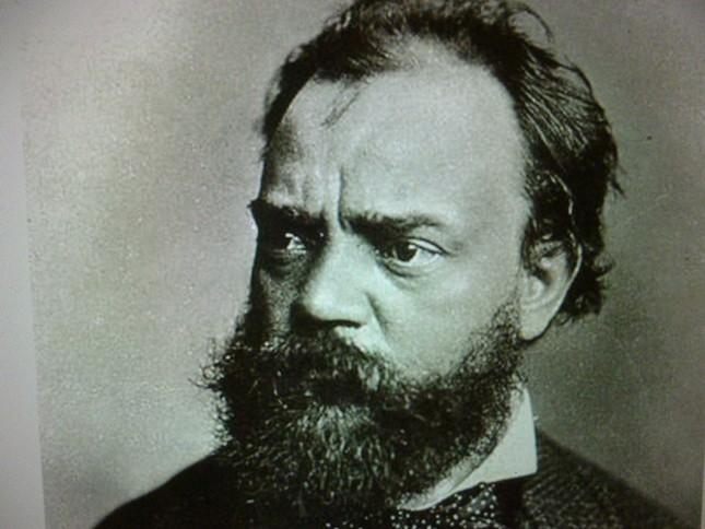意志の強さがうかがえる「地道な作曲家」ドヴォルザークの肖像