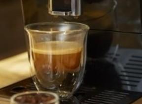 本場イタリアの「本物のコーヒー」を自宅で 全自動コーヒーマシン