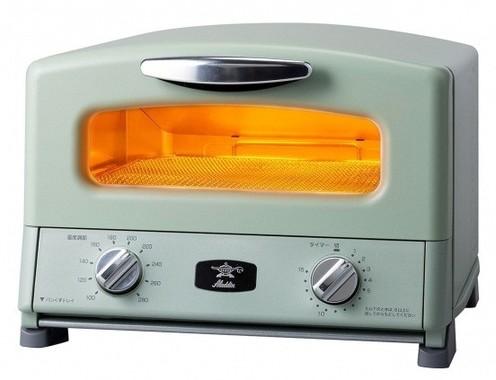 トーストはもちろん多彩なグリル調理がこれ1台で