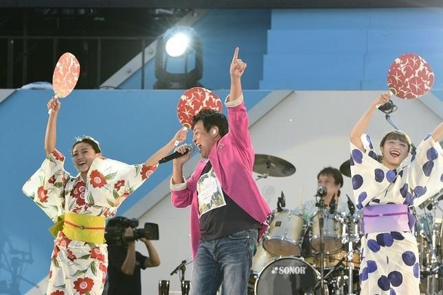 通算30回目を迎えたTUBEの横浜スタジアムでのライブ(ソニー・ミュージックレーベルズ提供、以下同)