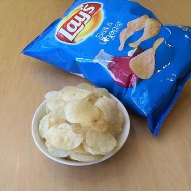 レイズ ポテトチップス『ソルト&ビネガー味』