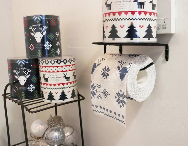 ノルディック柄が施された「クリスマス」トイレットペーパー