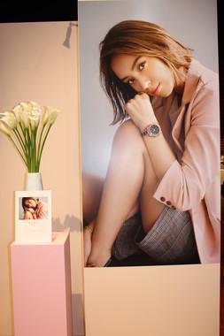 今回の新作では、滝沢カレンさんがイメージモデルとして起用された