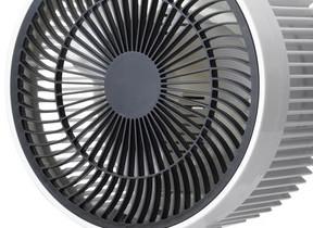 オゾンの力とファンの風 部屋干しの生乾き臭やカビを抑制