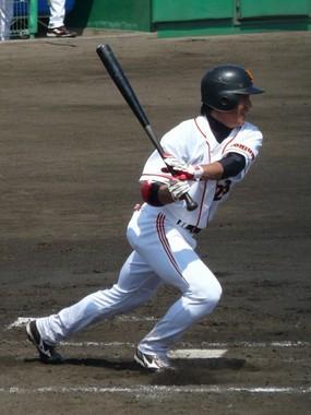 脇谷選手(Wikimedia Commons)