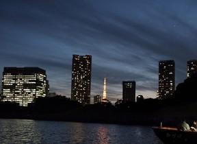 おでんと熱燗、夜景で冬の舟あそび 星のや東京