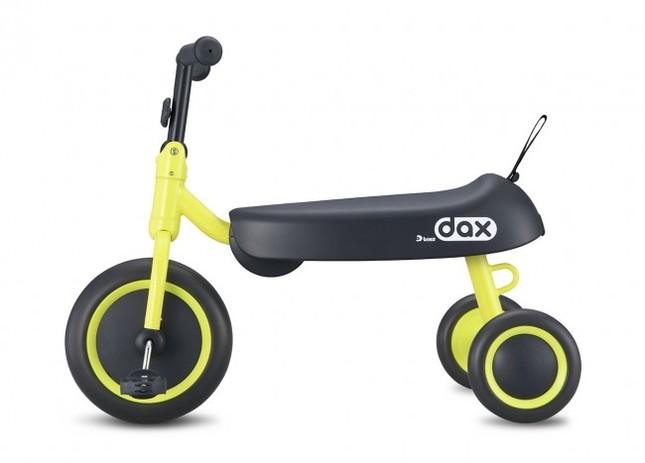 まるでダックスフンドみたいな三輪車!