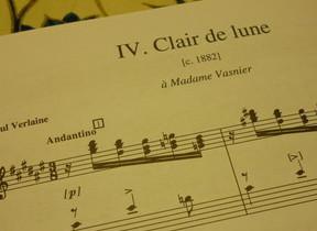 ドビュッシーの有名ピアノ曲「月の光」 同じタイトルの、ちょっとマイナーな歌曲