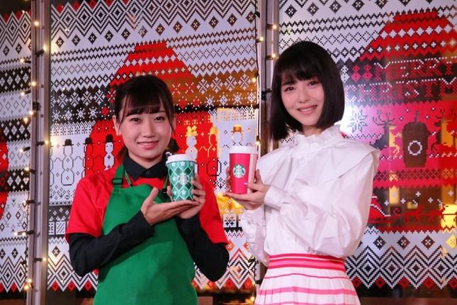 スターバックスコーヒーでは、11月1日~12月4日まで「クリスマスストロベリーケーキフラペチーノ」と「クリスマスストロベリーケーキミルク」を販売