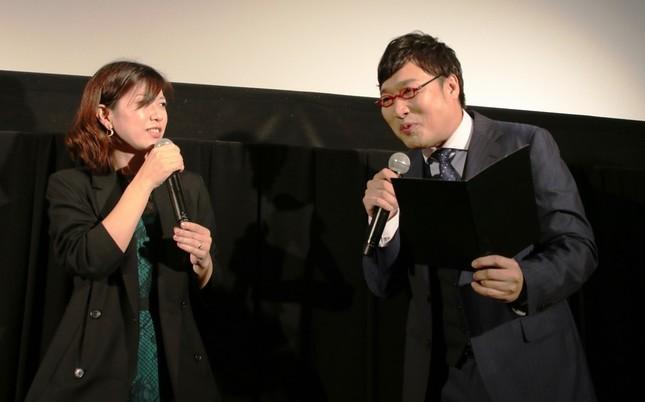 「松村社長は女性社員に優しい」と話す江角プロデューサー