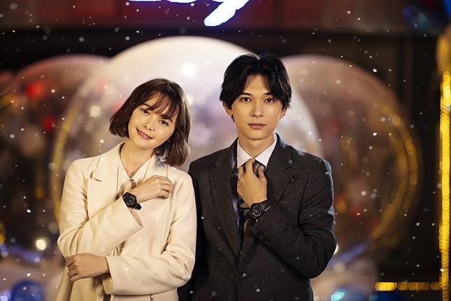 吉沢亮さんと玉城ティナさんが出演する恋愛ショートムービー