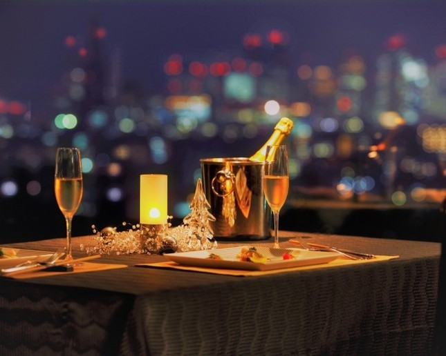 夜景と美食でロマンティックなクリスマス