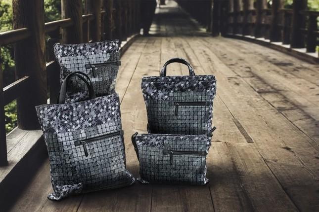 京都の整然さとイタリアの感性が融合したパネルデザインバッグ登場