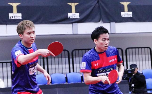 わずか20分足らずでダブルスを勝利した、T.T彩たまのチョン・ヨンシク選手・平野友樹ペア