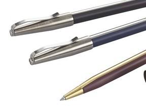 「uni」60周年記念  鉛筆のようなおもむきのボールペン