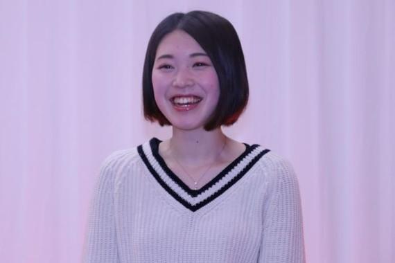 メイク後、笑顔を見せる田村さん(2018年12月撮影)