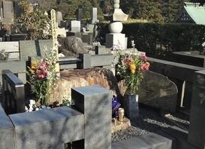 没後30年の開高健 島地勝彦さんは「悪妻説」をネタにしんみりと